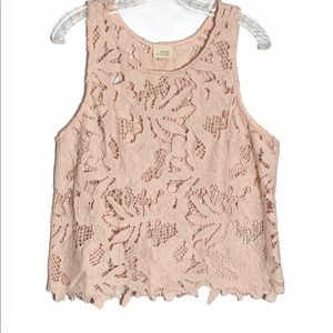 Caution To The Wind | Tank Top Lace Lagenlook